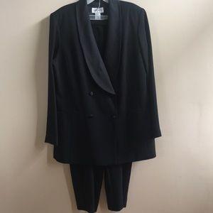 Studio I Dress Pants Suit - size 14